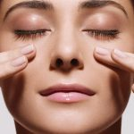 Giảm ngay 2 cm với phương pháp massage giảm béo mặt đơn giản này!
