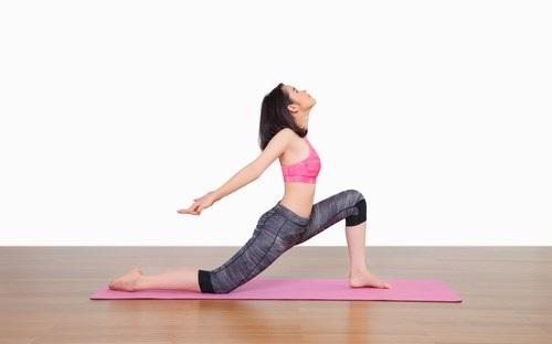 Giảm mỡ bụng và đùi với tư thế yoga Tree