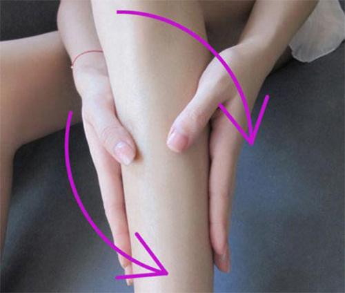 cách mát xa cho bắp chân thon gọn