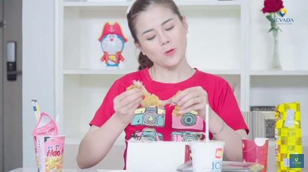 Diễn viên Trang Moon