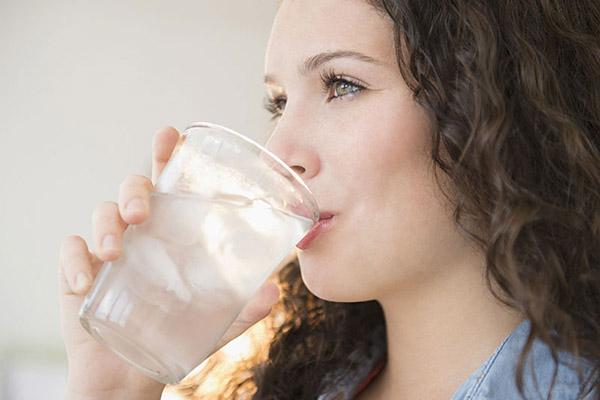 Uống nước lọc giảm cân