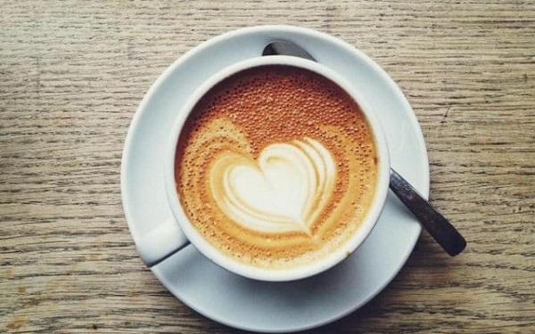 tại sao uống thuốc, trà, cafe giảm cân có lại bị gây mất ngủ không