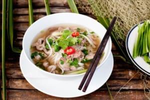 Ăn phở có béo không | Cách giảm cân từ hương vị Việt truyền thống