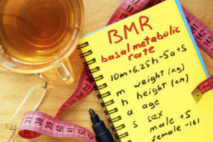 Chỉ số BMR là gì? – Con số quyết định vóc dáng đẹp chị em nên biết