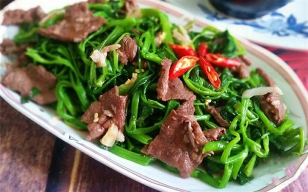 giảm mỡ bụng bằng rau cần tây