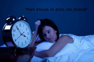 Thức khuya nhiều có giảm cân không, liệu có hại không?