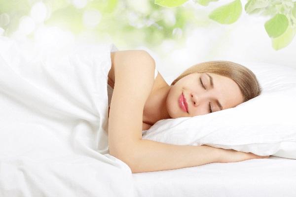 Tư thế ngủ giảm cân hiệu quả mà ít ai ngờ đến