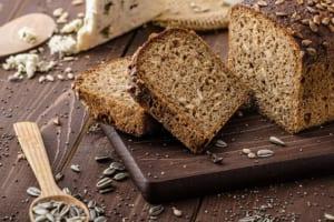 Nóng bỏng tay với thực đơn giảm cân với bánh mì đen để có vóc dáng thon thả