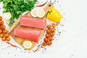 Cá ngừ bao nhiêu calo? Ăn cá ngừ có béo không? Bật mí về những thông tin chỉ có chuyên gia dinh dưỡng mới biết
