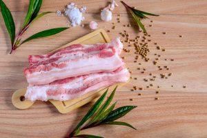 Ăn thịt heo có giảm cân không? 100g thịt heo bao nhiêu calo?